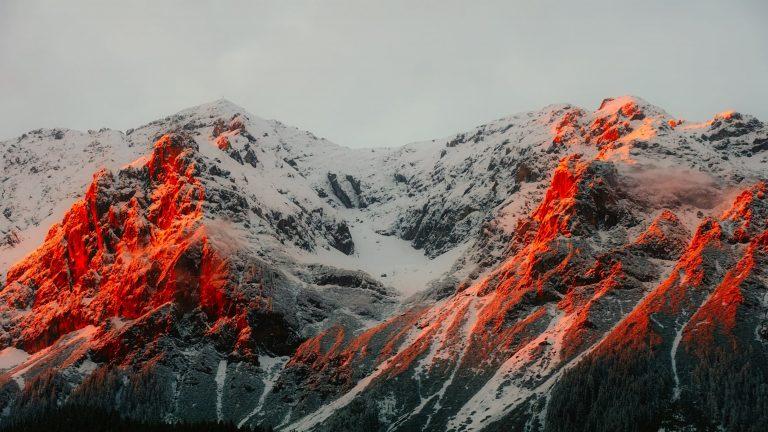 En tus labios un volcán