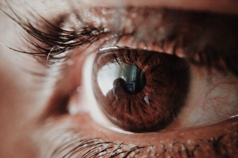 Vis a vis con tu pupila